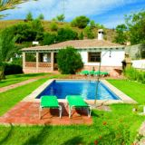 View information about Villa Damian 3 bedrooms, check availability and book online