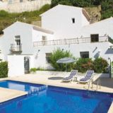 View information about Villa Los Tajos 3 bedrooms, check availability and book online